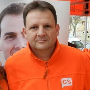 """Juan Fuster: """"El Gobierno de Silla no quiere debatir sobre el Club Sirenas"""""""