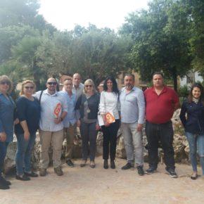 Mamen Peris visita Museros para coordinar acciones que mejoren el municipio